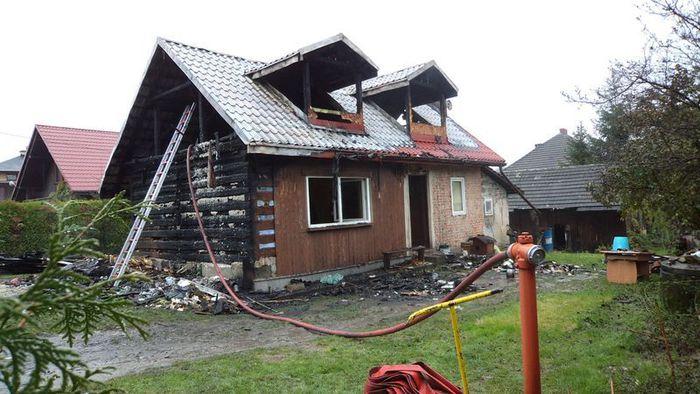 Groźny pożar. Rodzina została bez dachu nad głową [FOTO]