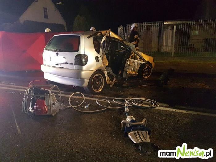Tragiczny wypadek. Dwie osoby ranne, młoda kobieta nie żyje [FOTO]