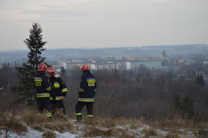 Wyciek gazu, strażacy wyznaczyli strefę ochronną