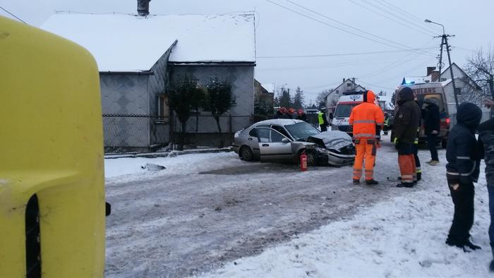 Wypadek na Górskiej. Trzy osoby poszkodowane
