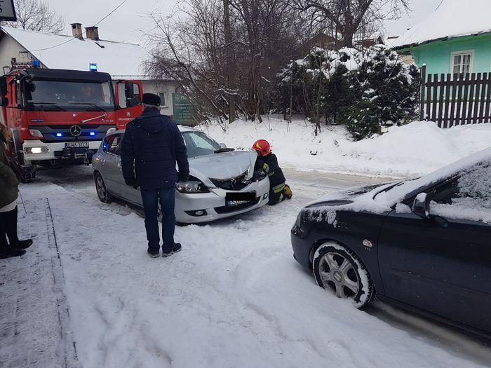 Kolejny wypadek na na białej drodze