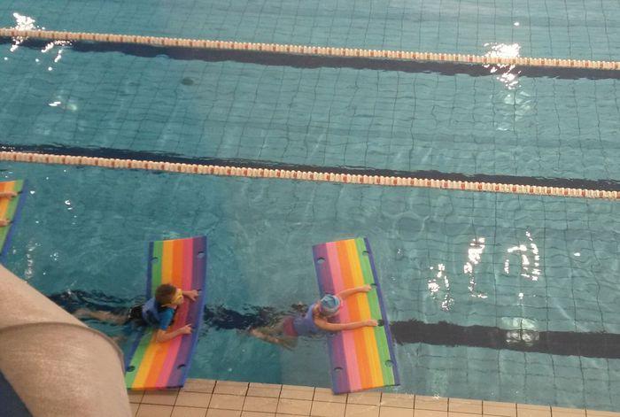 Wiadomo, które gminy nauczą pływać