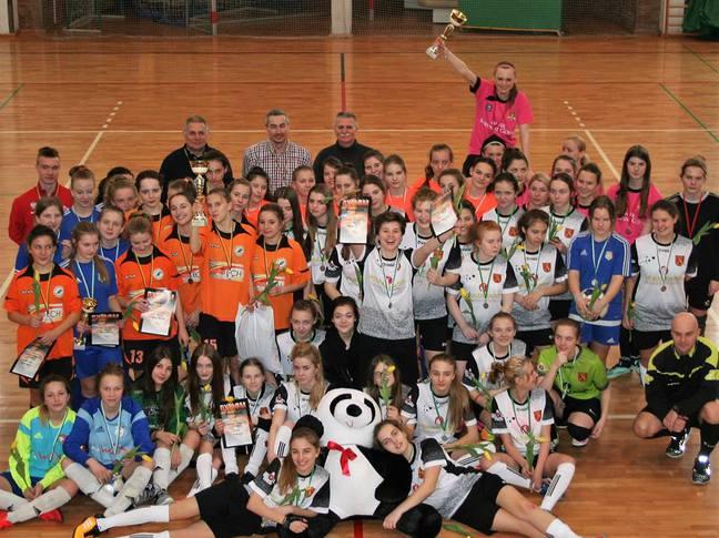 Pierwszy turniej żeńskiej piłki w Andrychowie