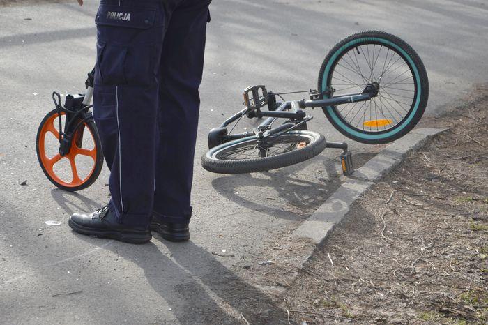 Samochód potrącił rowerzystę [FOTO]