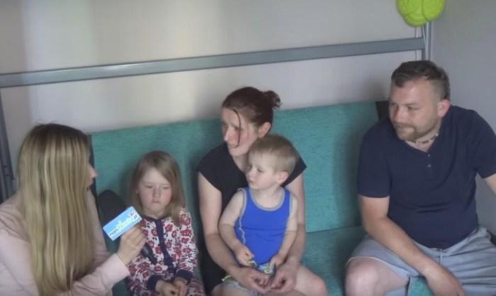 Ośmioosobowa rodzina żyje na 32m2 [VIDEO]