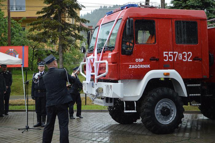 Nowy wóz strażacki dla Zagórnika imienia druha Romana Prystackiego [FOTO]