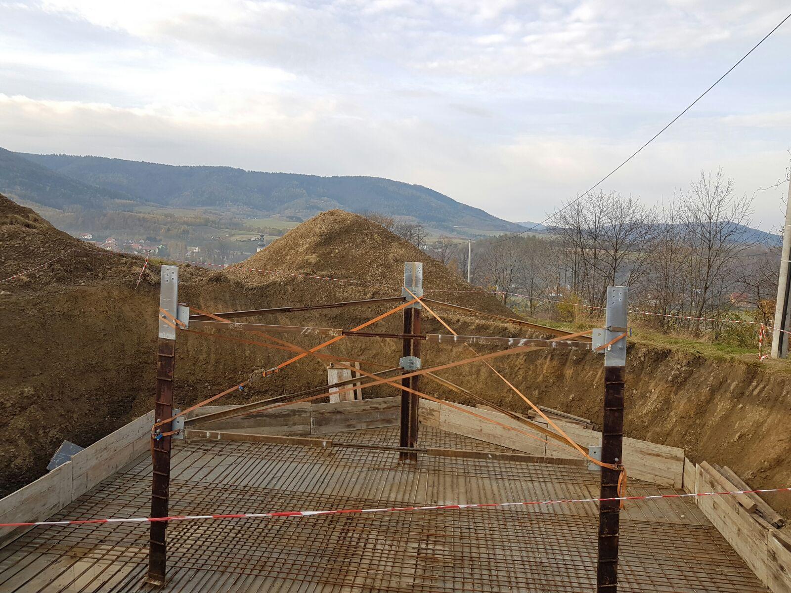 Trwa budowa nadajnika. Zasięg nie tylko dla Rzyk, ale i dla okolicznych miejscowości