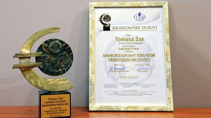 Burmistrz Andrychowa dostał nagrodę. Zasłużył na nią?