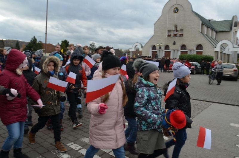 Biało-czerwony i rodzinny. Tak wyglądał marsz niepodległości w Wadowicach