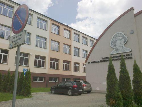 Pijana nauczycielka w szkole w Andrychowie. Miała prawie 2 promile