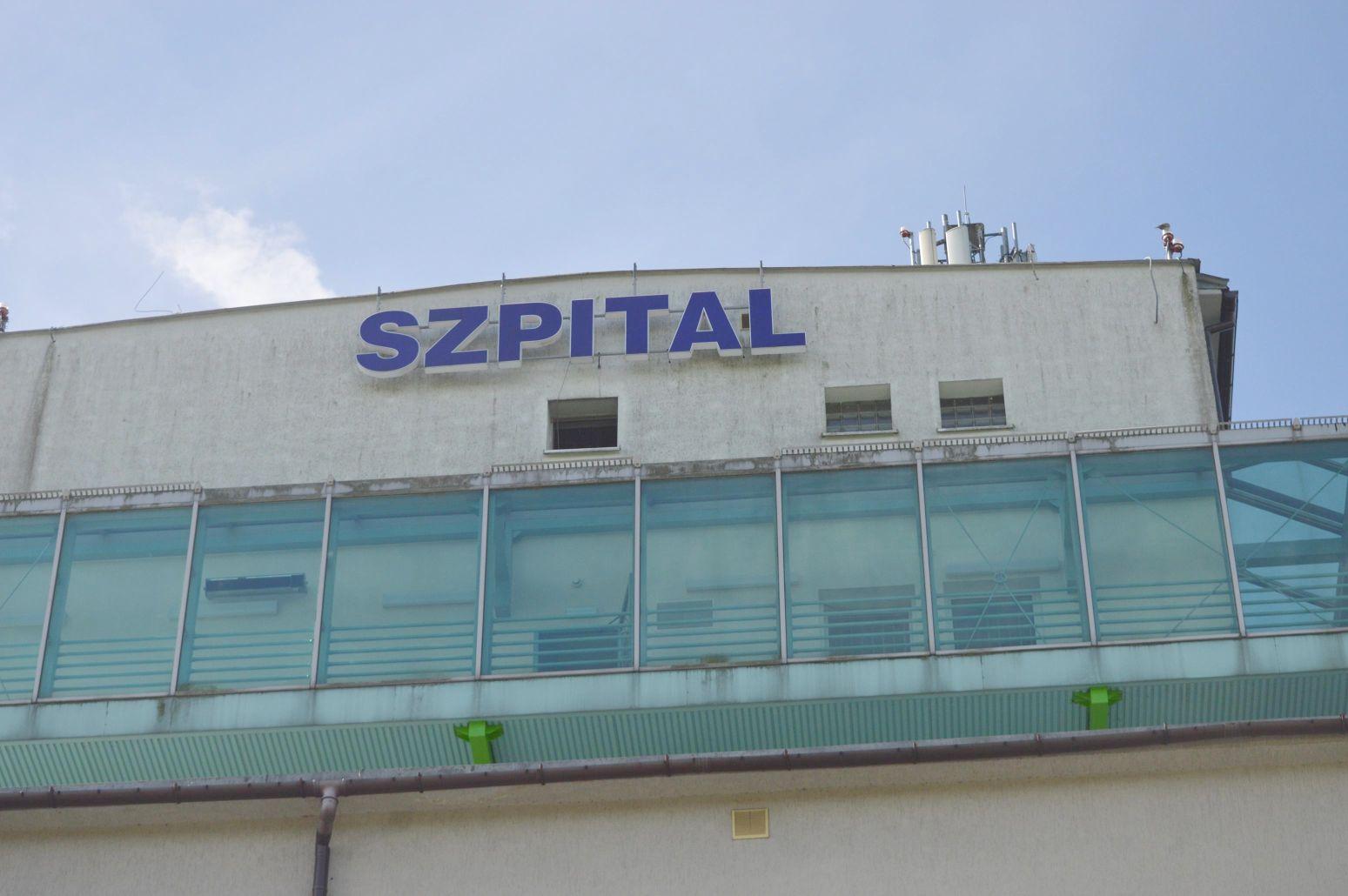 Szpitale wprowadzają ograniczenia odwiedzin pacjentów