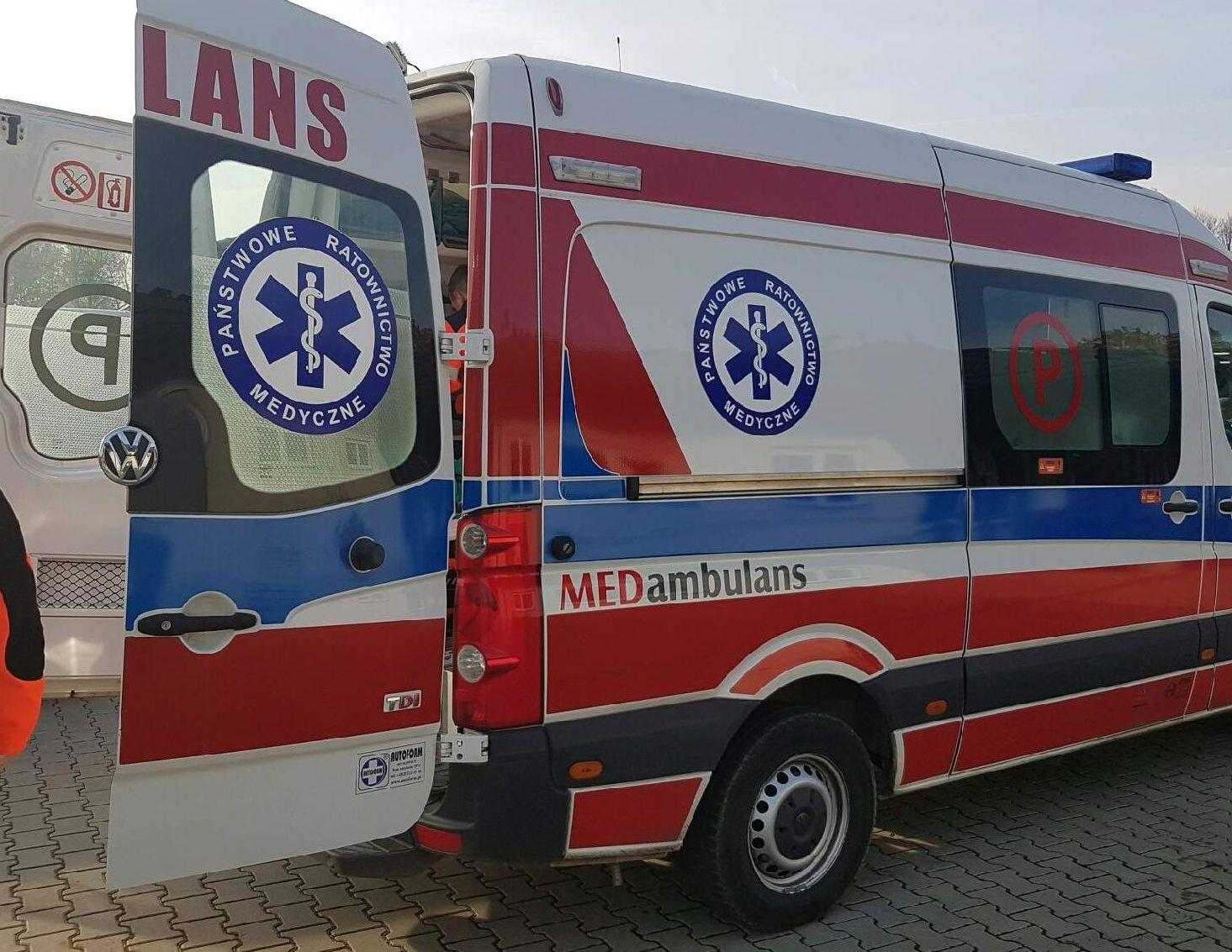 Dwie nieprzytomne osoby trafiły do szpitala. Co tam się wydarzyło? [AKTUALIZACJA]
