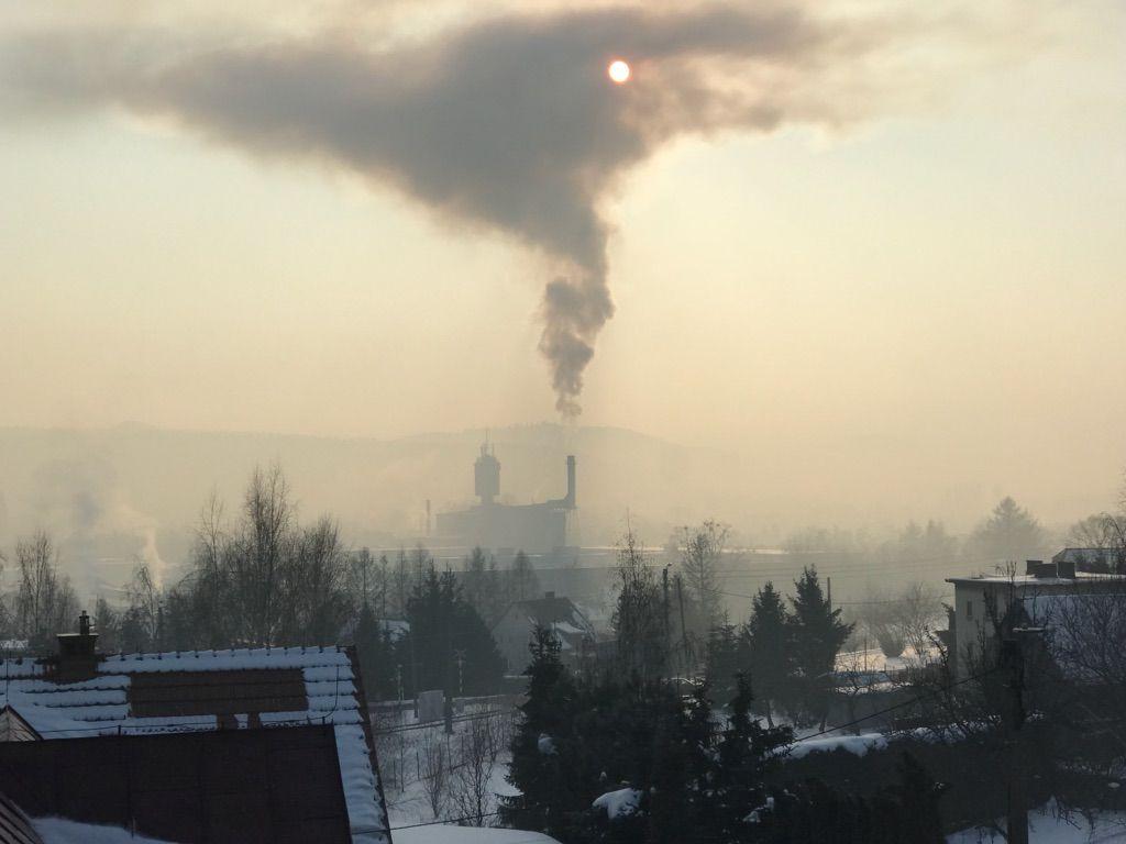 Straszny widok. Tak wygląda panorama Andrychowa w sobotni poranek [FOTO]