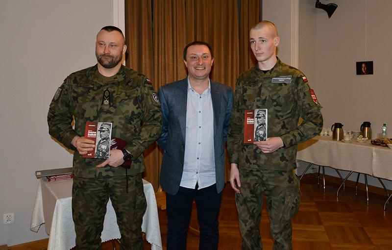 Udana premiera książki o pułkowniku Królickim