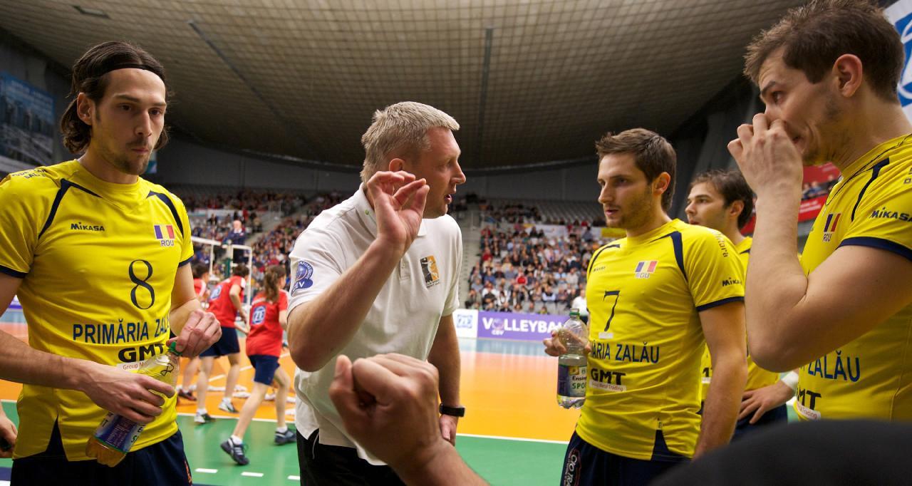 Zaczynał karierę w Andrychowie, został trenerem reprezentacji