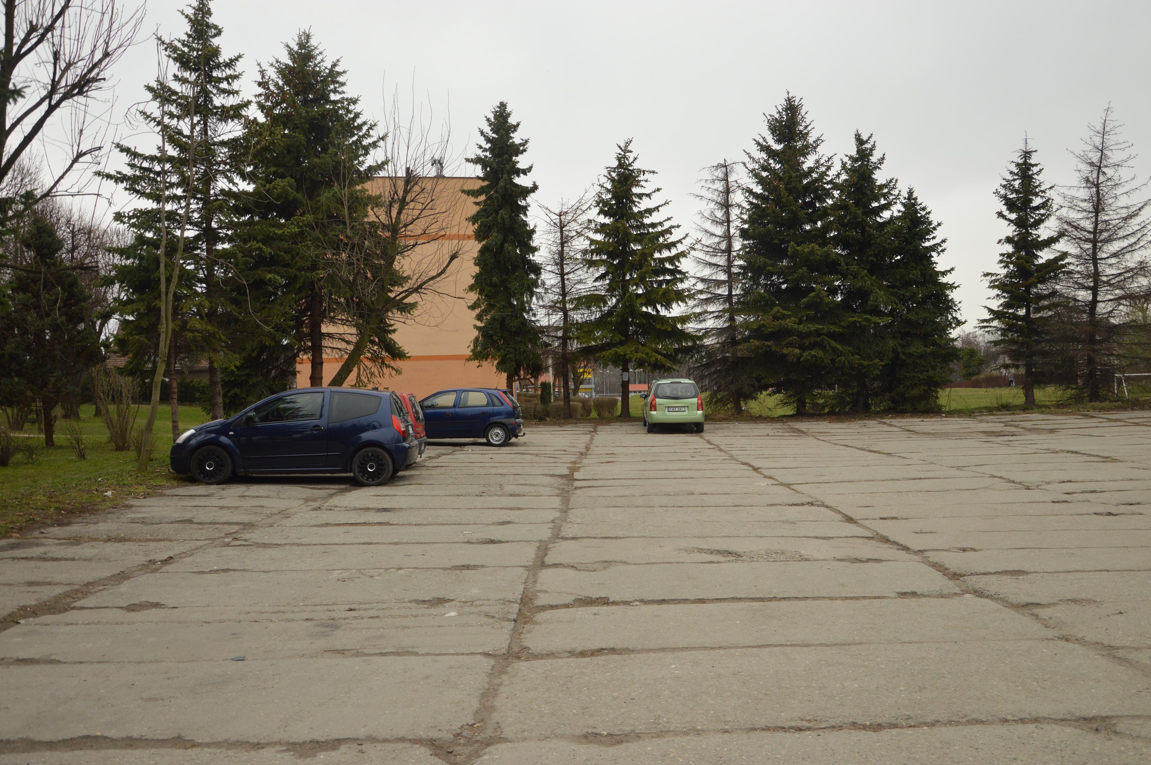 Rusza budowa basenu. Od czwartku zamknięty parking