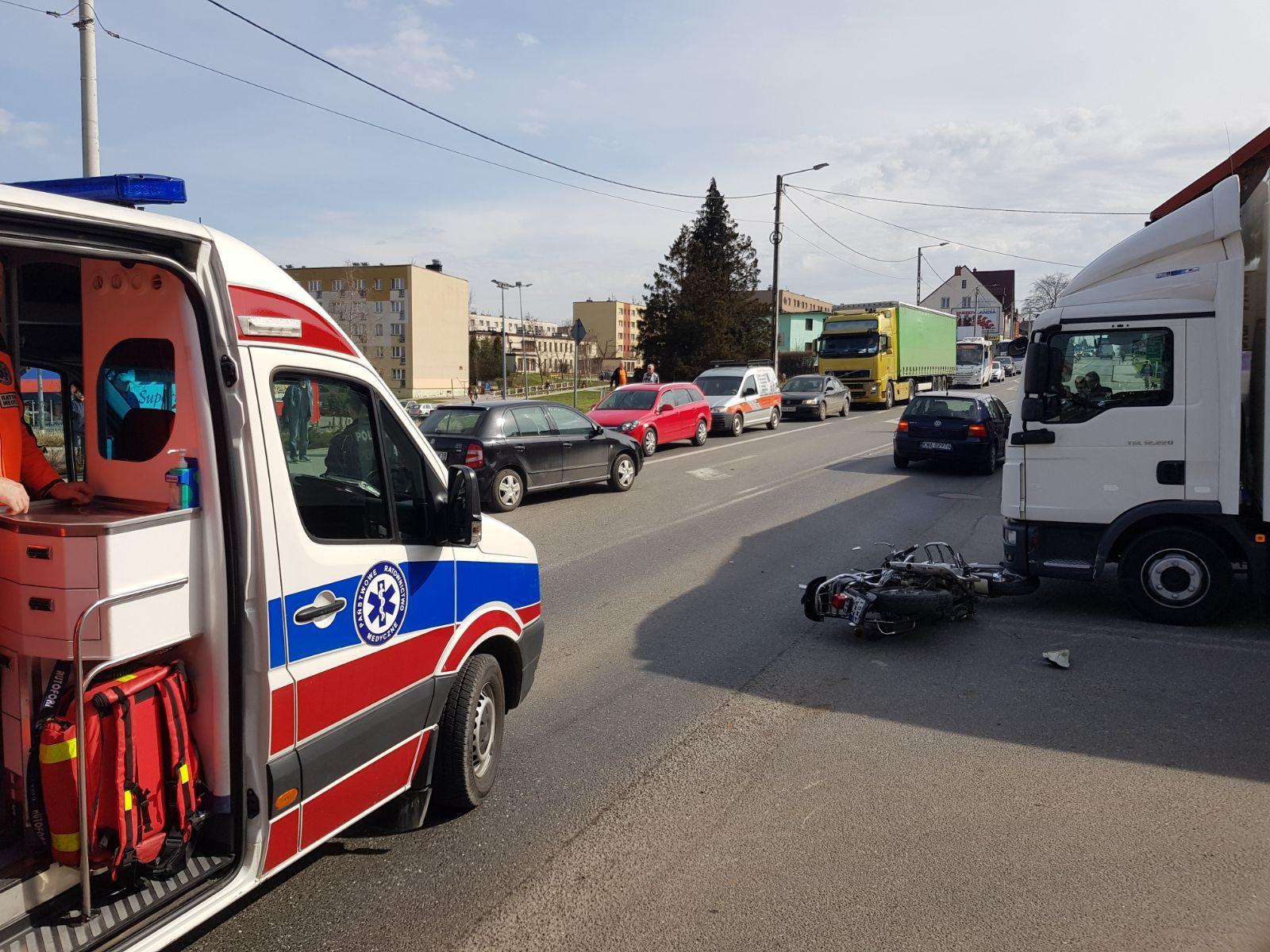 Wypadek na Krakowskiej w Andrychowie [FOTO]