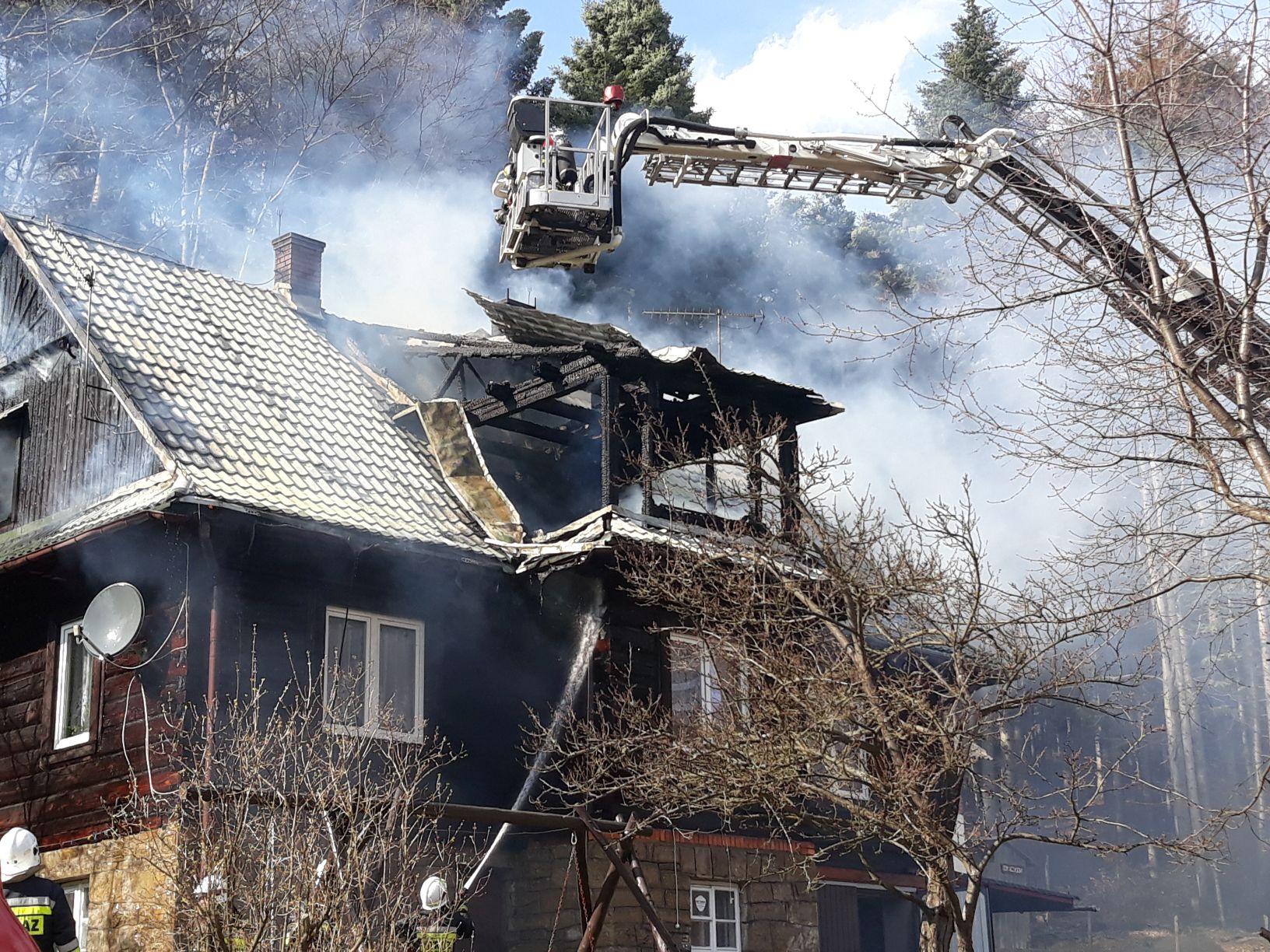 Apel o pomoc dla rodziny poszkodowanej w dramatycznym pożarze