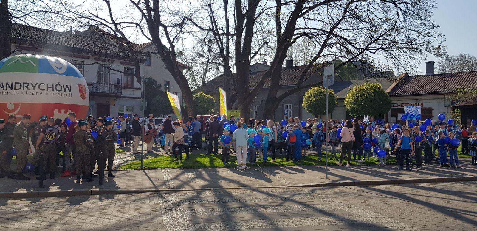 Marsz przeszedł ulicami Andrychowa [VIDEO]