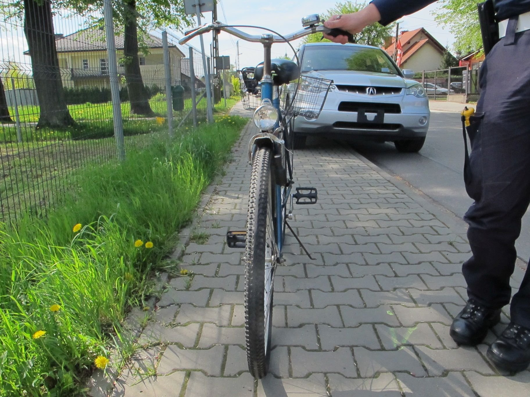 WYPADKI. Ranni rowerzystka i motocyklista