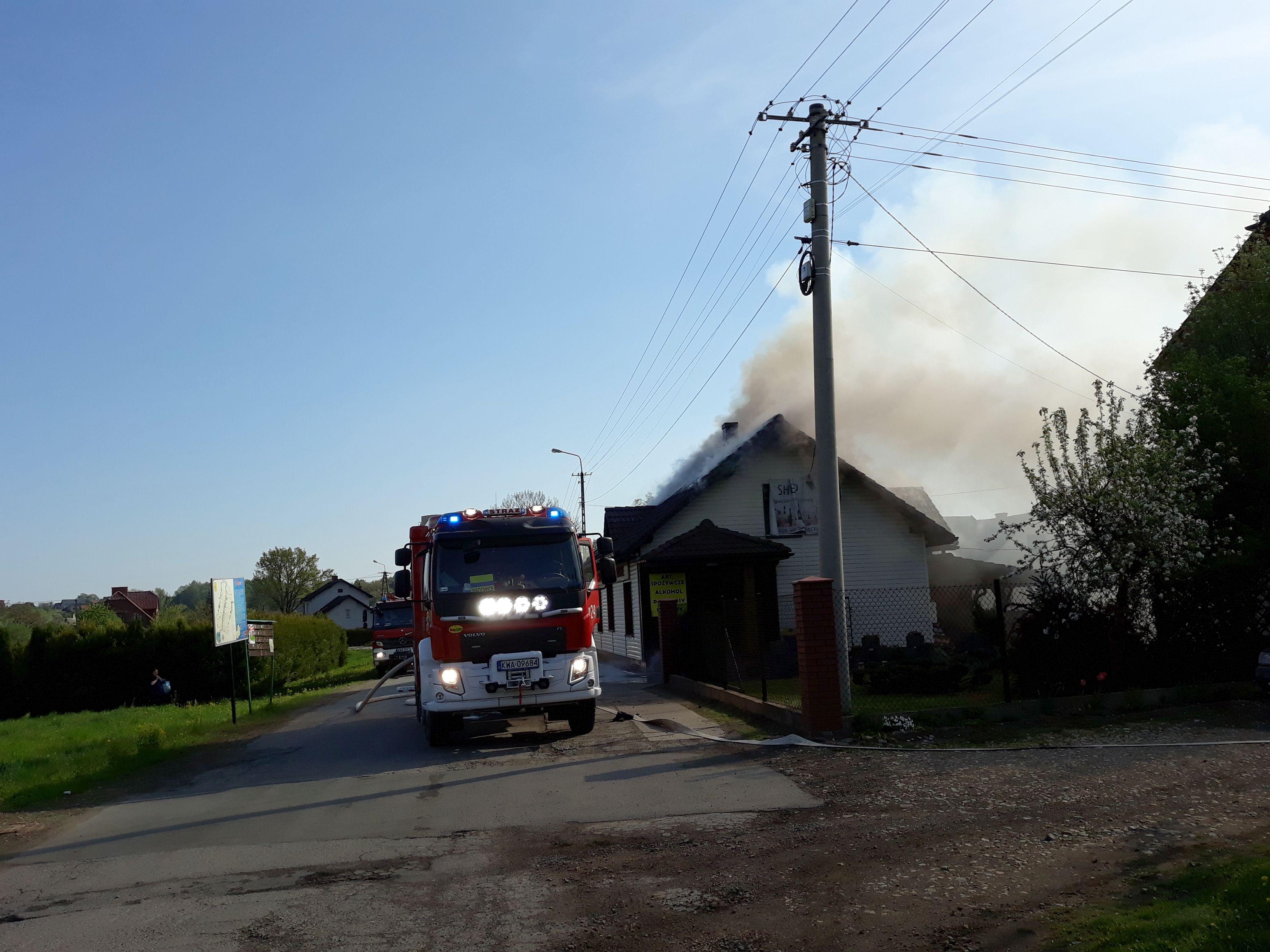 Pożar sklepu w Wieprzu