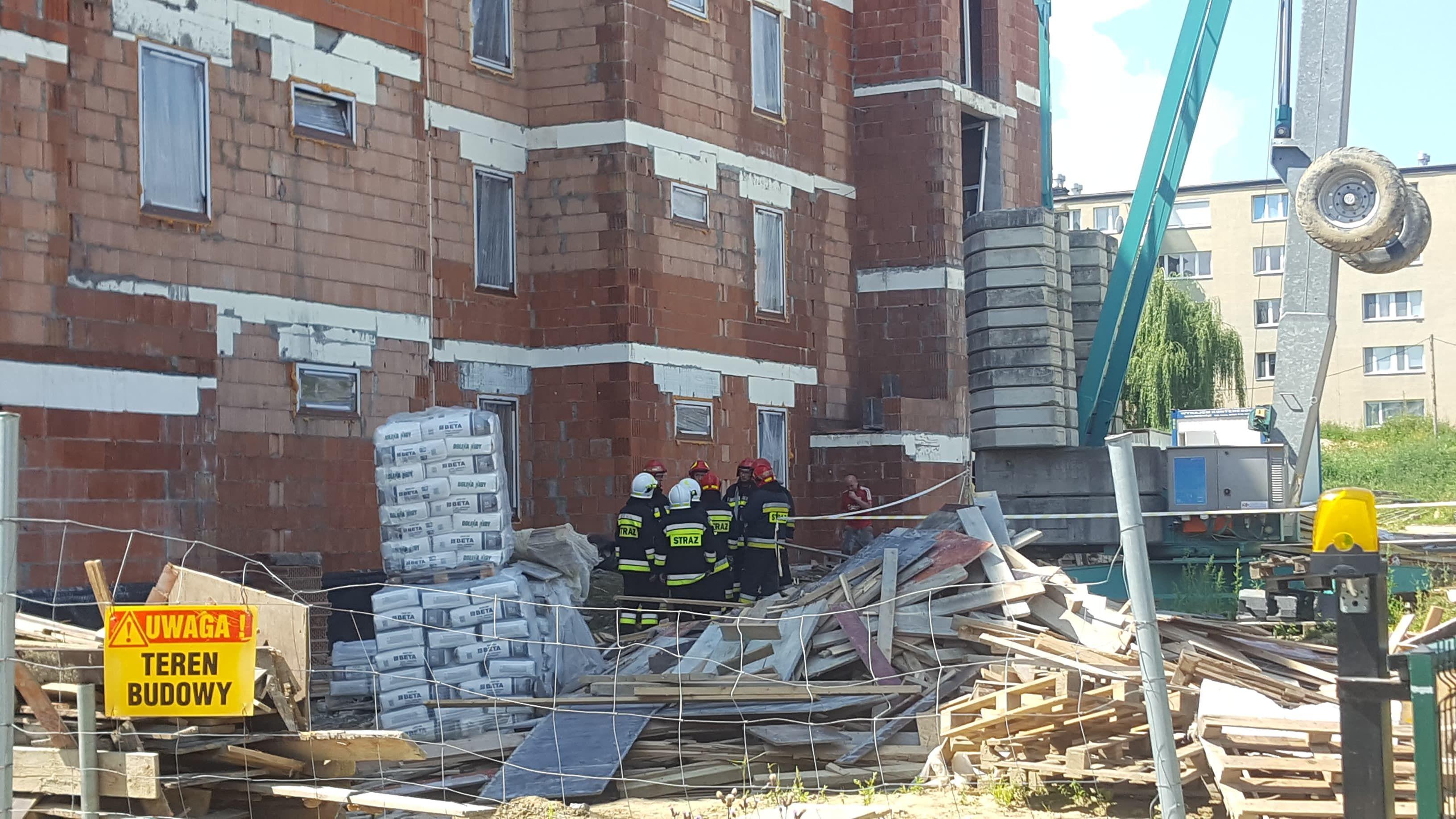 Wypadek na budowie nowego bloku w Andrychowie [AKTUALIZACJA]