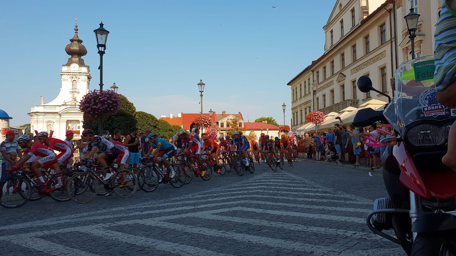 Wadowice przywitały kolarzy z Tour de Pologne [FOTO]
