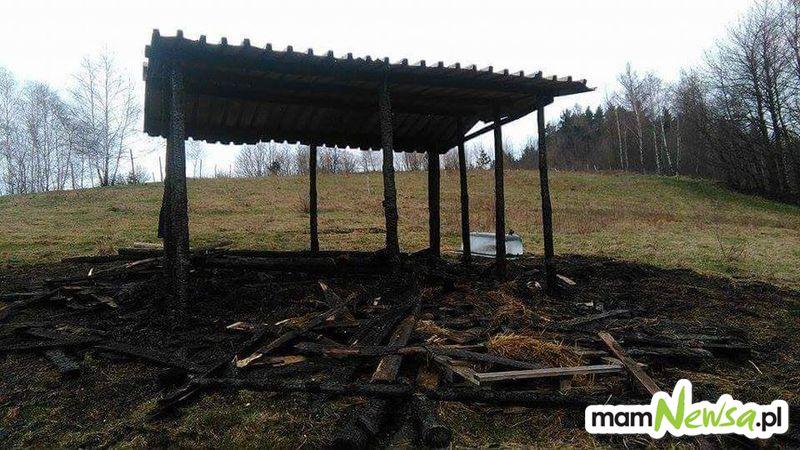 Tragedia w Zembrzycach. Człowiek spłonął w szopie