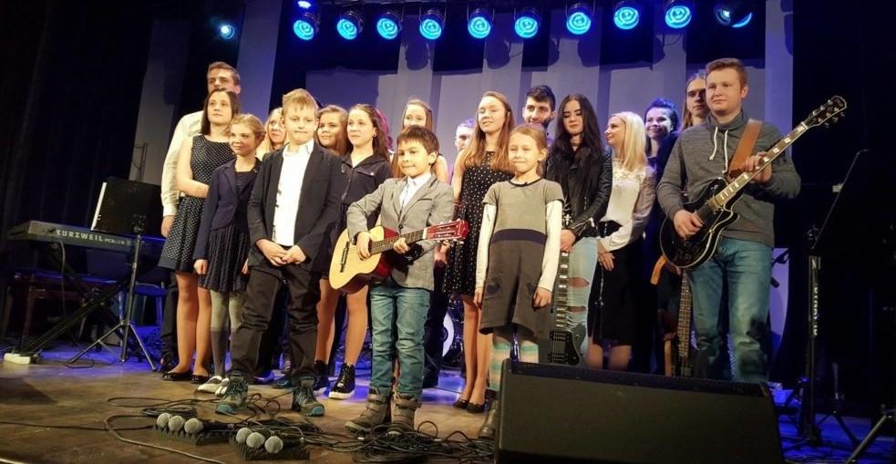 Indywidualne lekcje śpiewu i gry na instrumentach