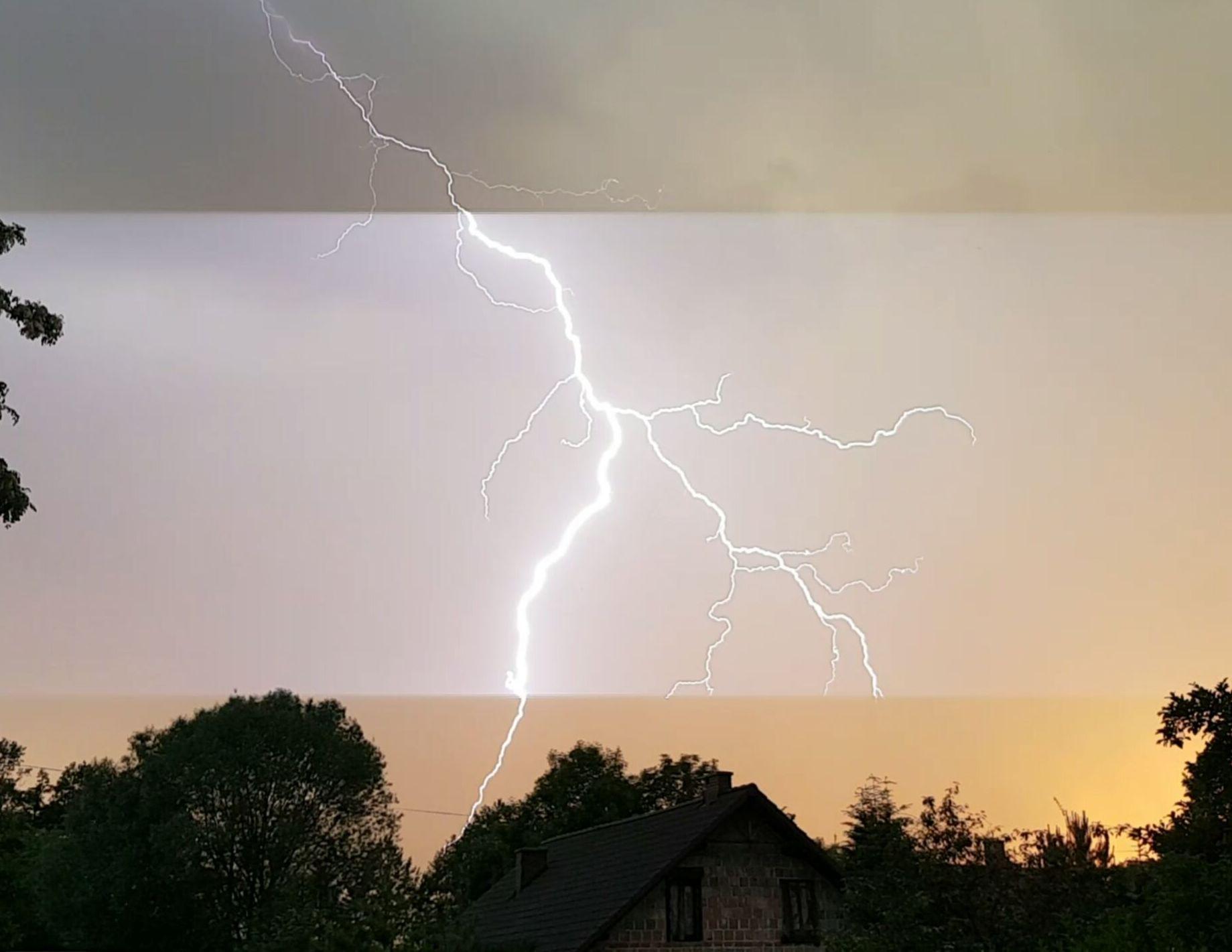 Uwaga na burze oraz silne porywy wiatru