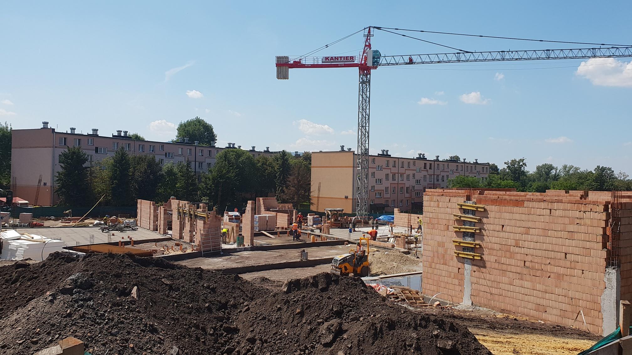 Sprawdzamy jak idzie budowa basenu [FOTO]