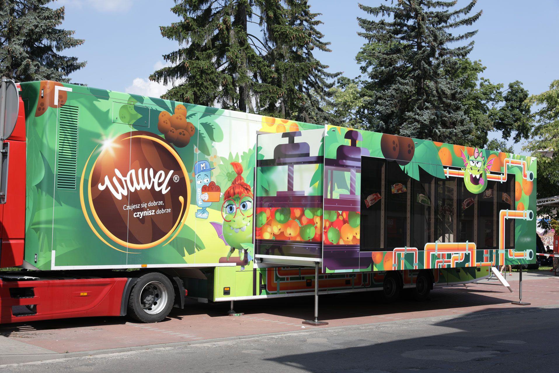 Wawel Truck wyruszył w Polskę! Słodka, interaktywna ciężarówka odwiedzi Kęty