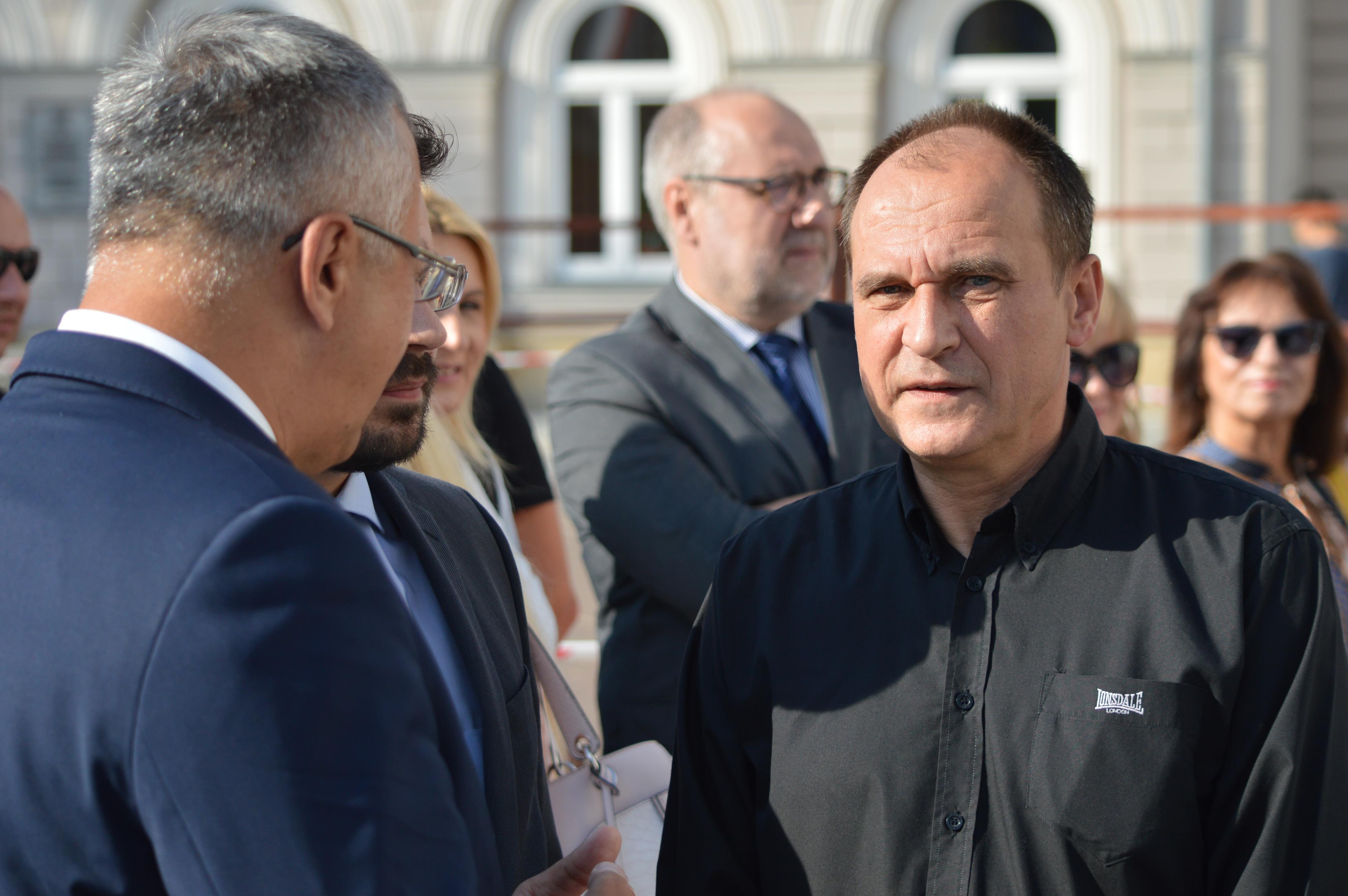 Paweł Kukiz pokazał kandydatów na burmistrzów [FOTO]
