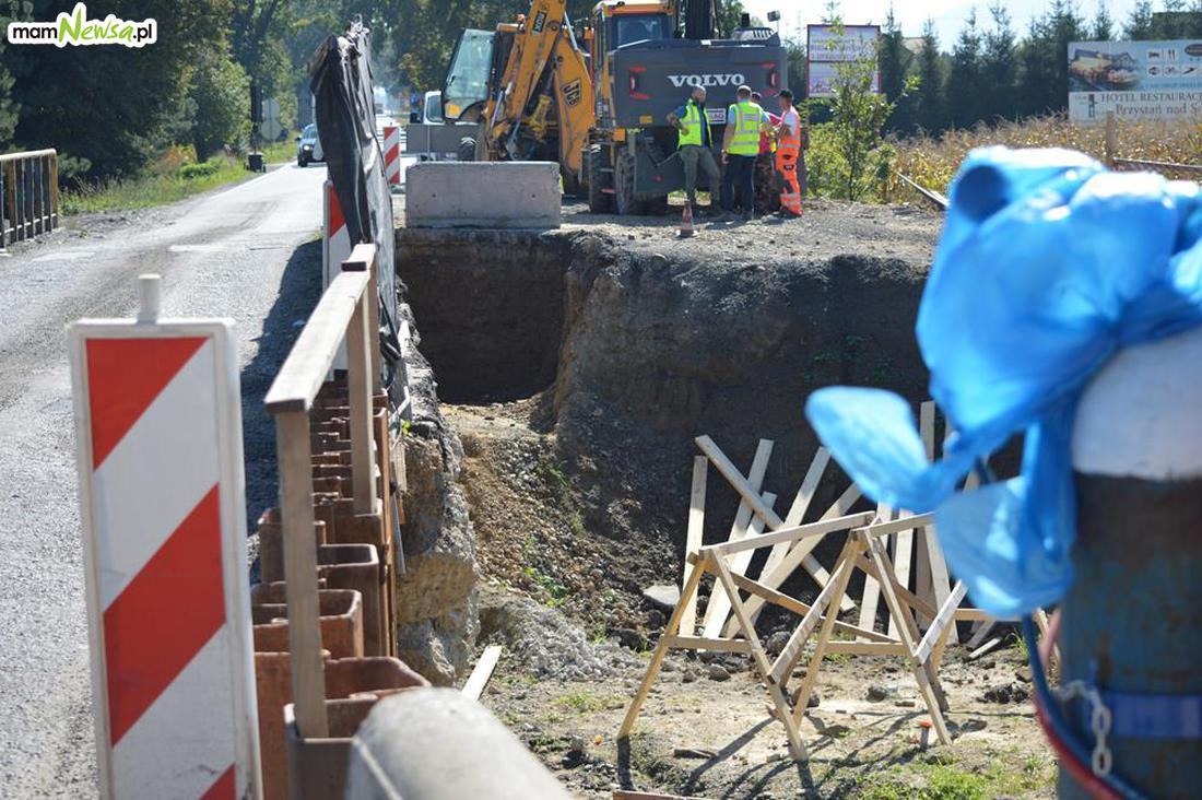 Mosty na drodze wojewódzkiej będą gotowe dopiero pod koniec roku
