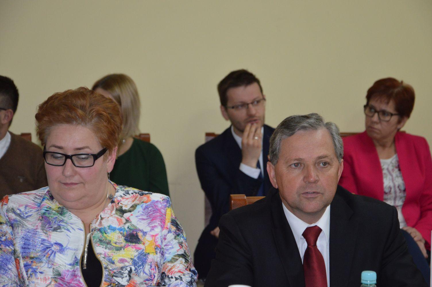 Nowe władze powiatu wadowickiego wybrane [FOTO] [AKTUALIZACJA]