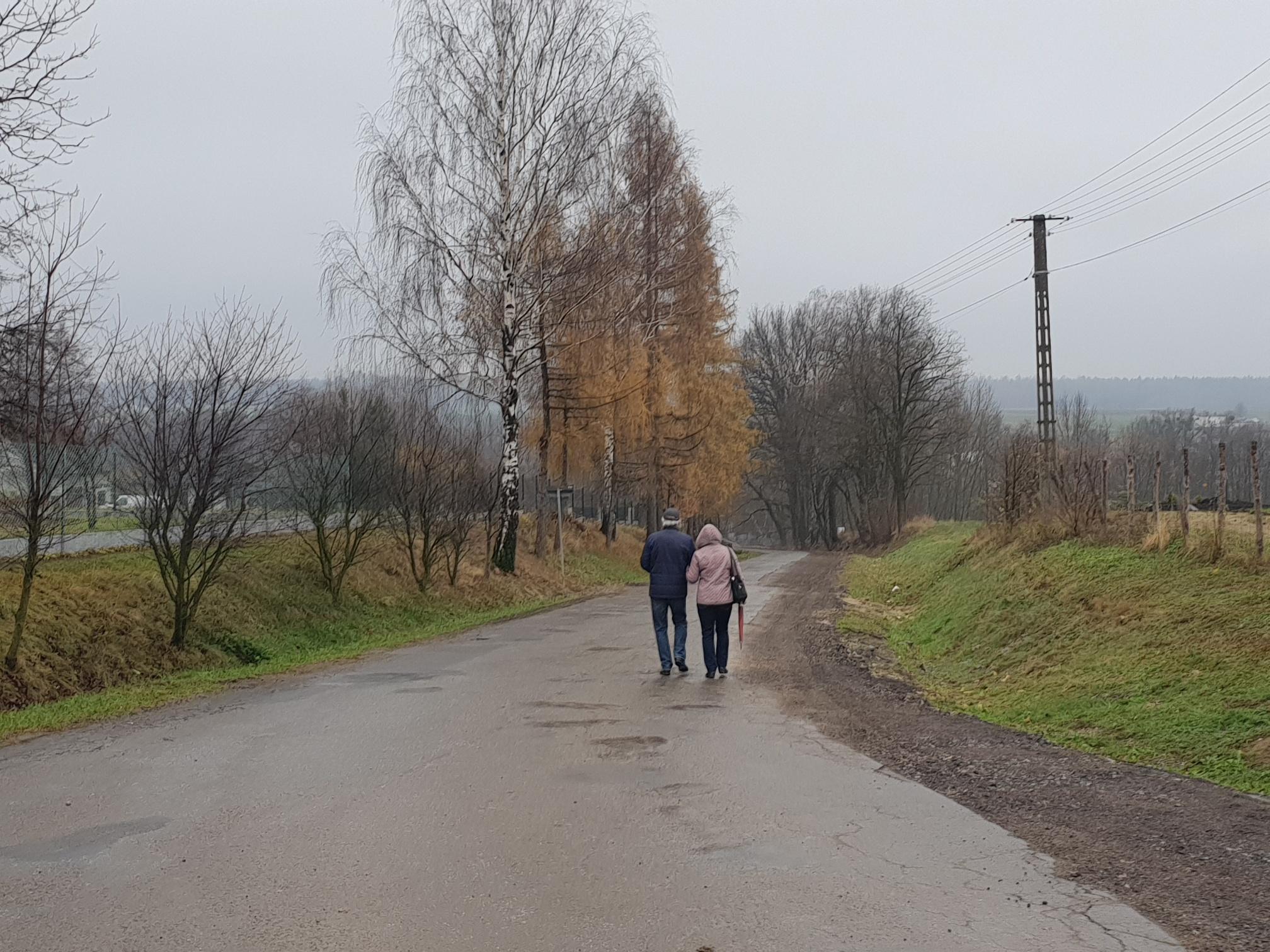 Stara Droga w Bulowicach i Biała Droga w Andrychowie nadal bez remontu