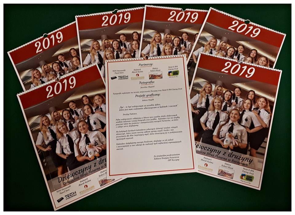 Dziewczyny z drużyny na kartach kalendarza na 2019 roku