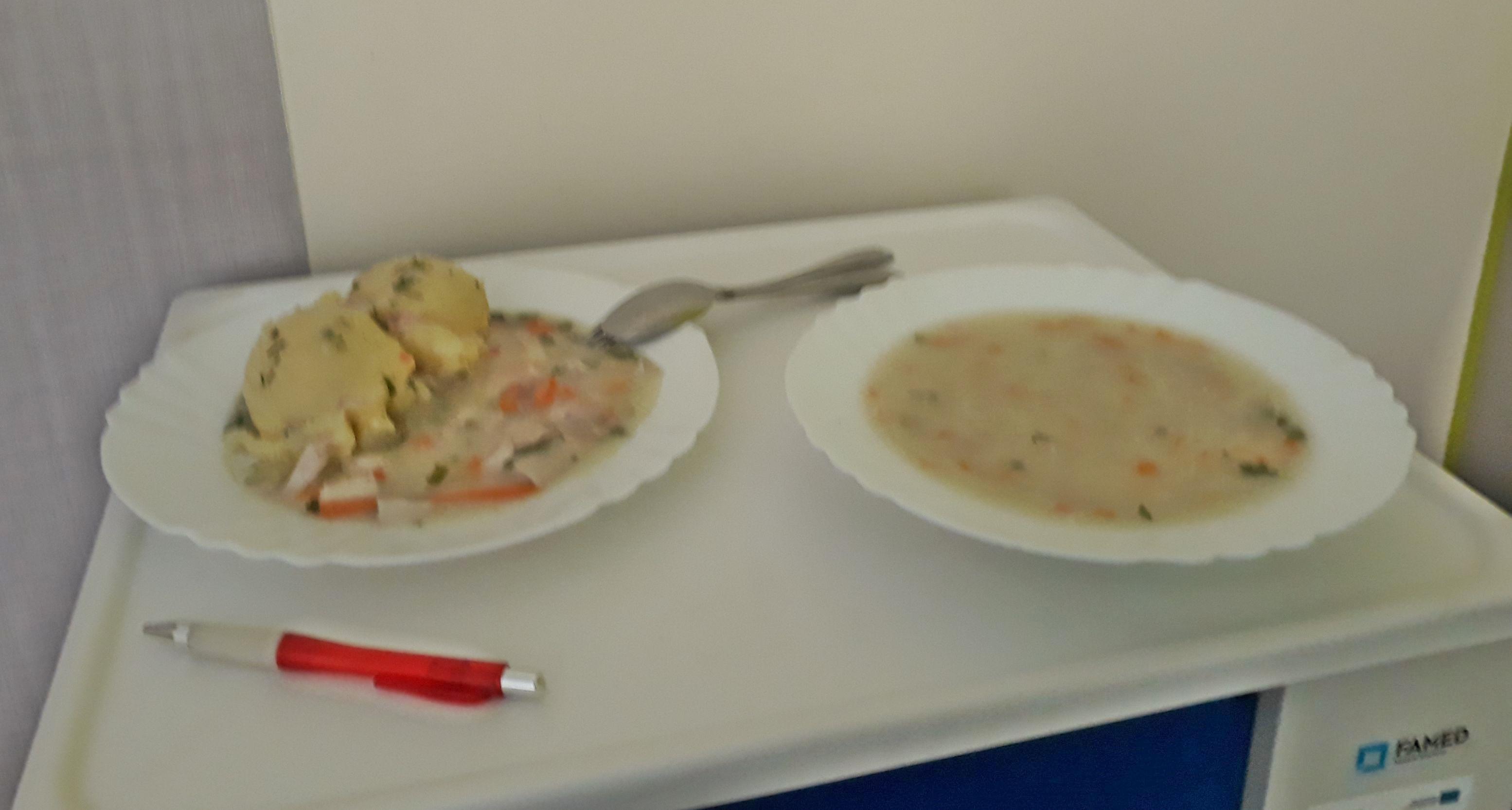 Szpitalna Kuchnia Do Wymiany Garnki I Patelnie Mają Po 30