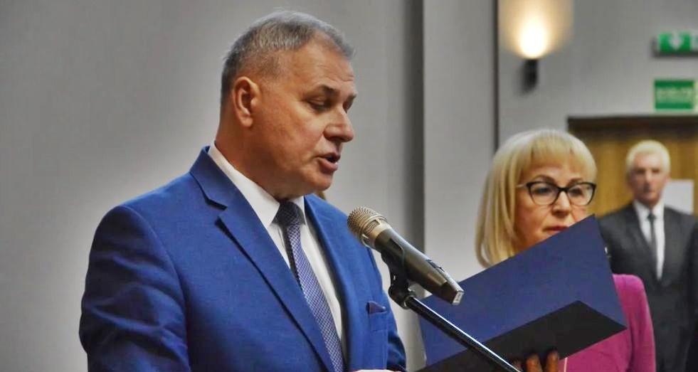 Burmistrz Andrychowa zarobi teraz mniej, czyli ile?