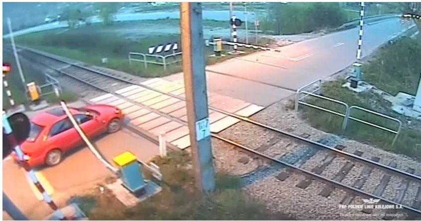 Uwaga kierowcy! Nowe bezobsługowe przejazdy kolejowe