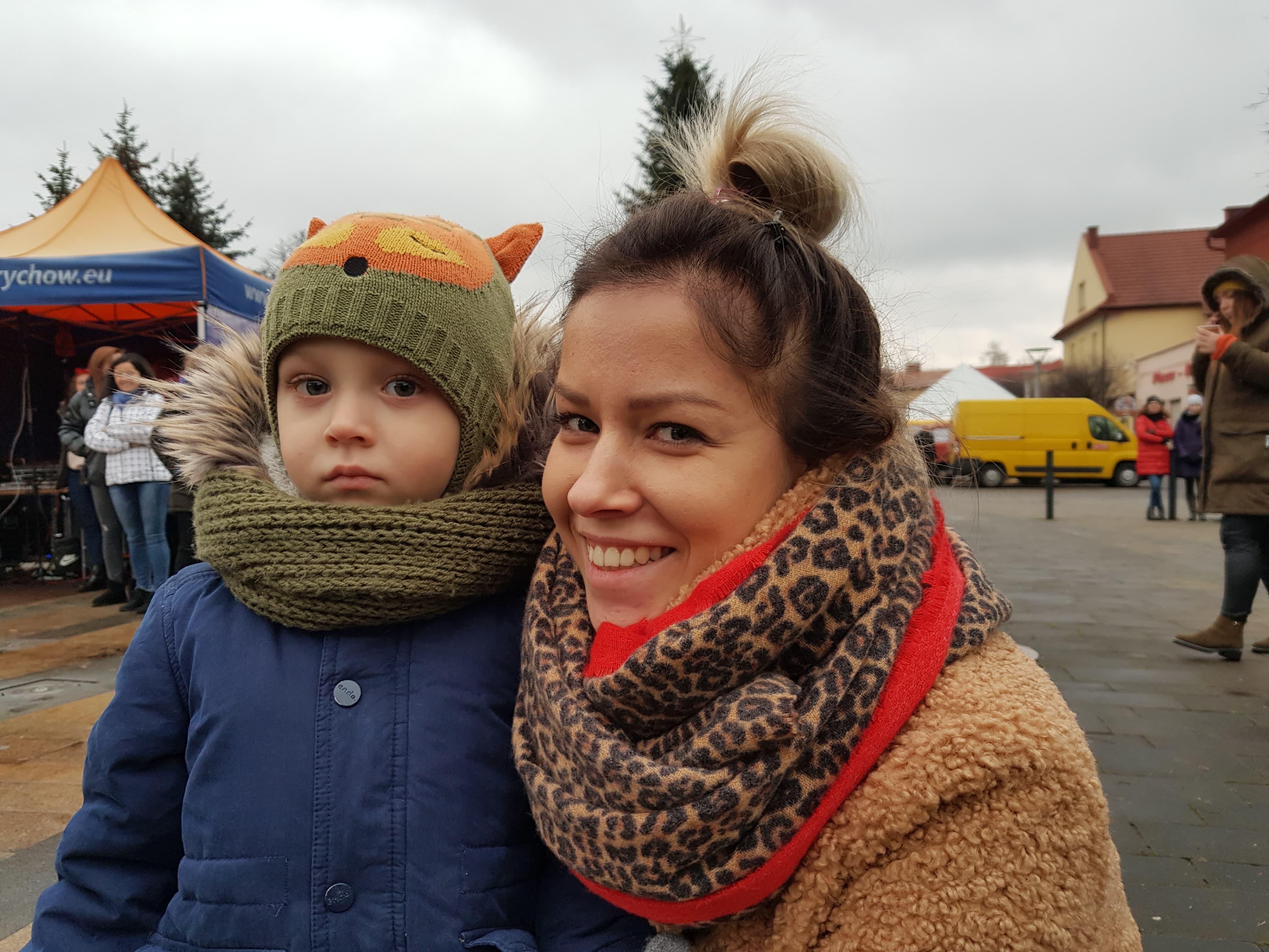 Kiermasz świąteczny na placu Mickiewicza trwa