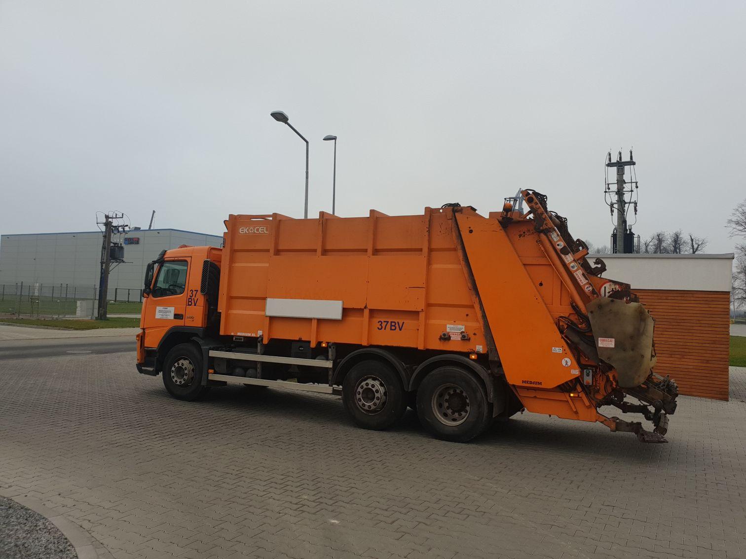 Kolejne gminy podnoszą opłaty za wywóz śmieci [AKTUALIZACJA]