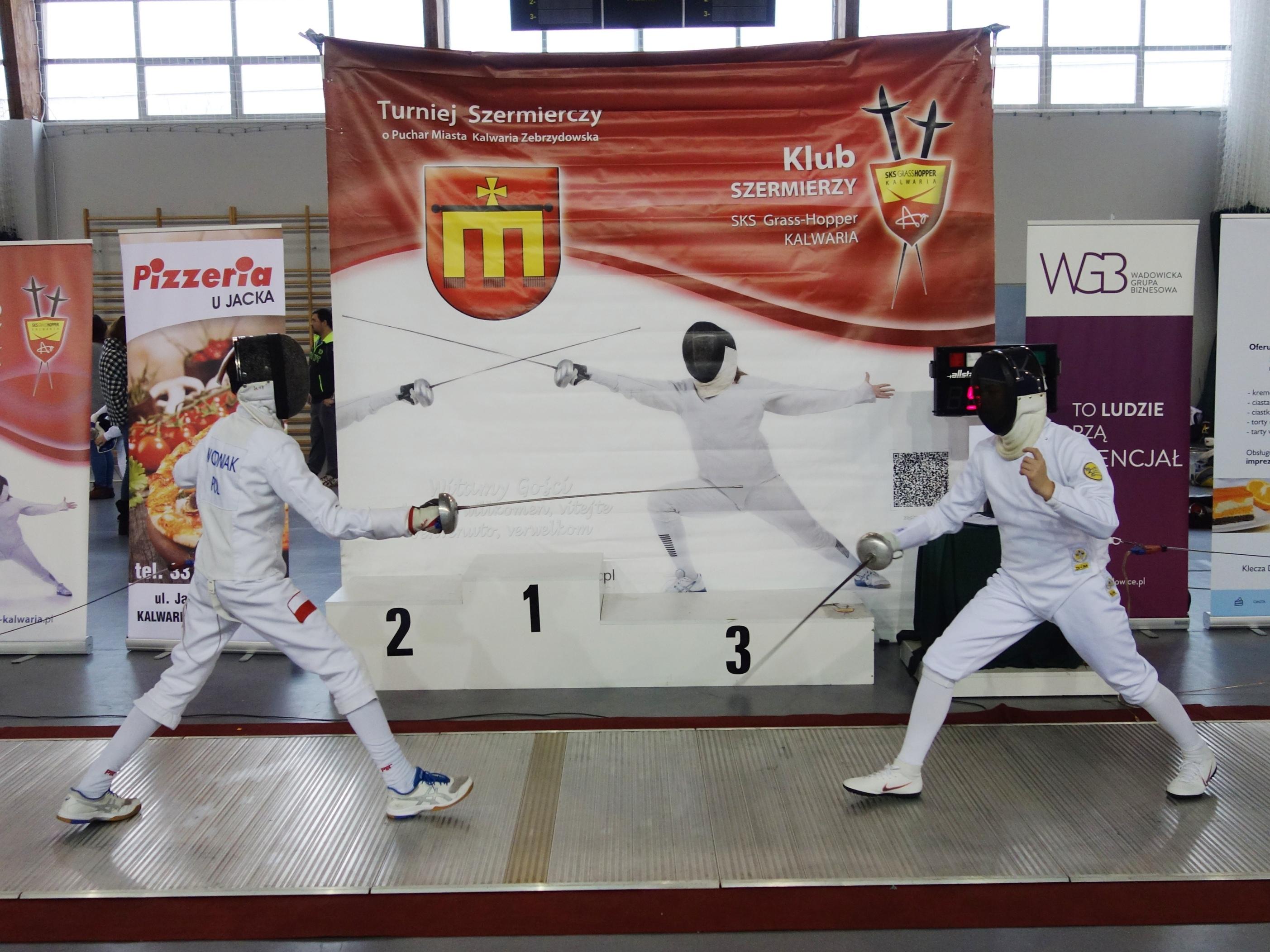 200 zawodników walczyło podczas turnieju szermierczego [FOTO]