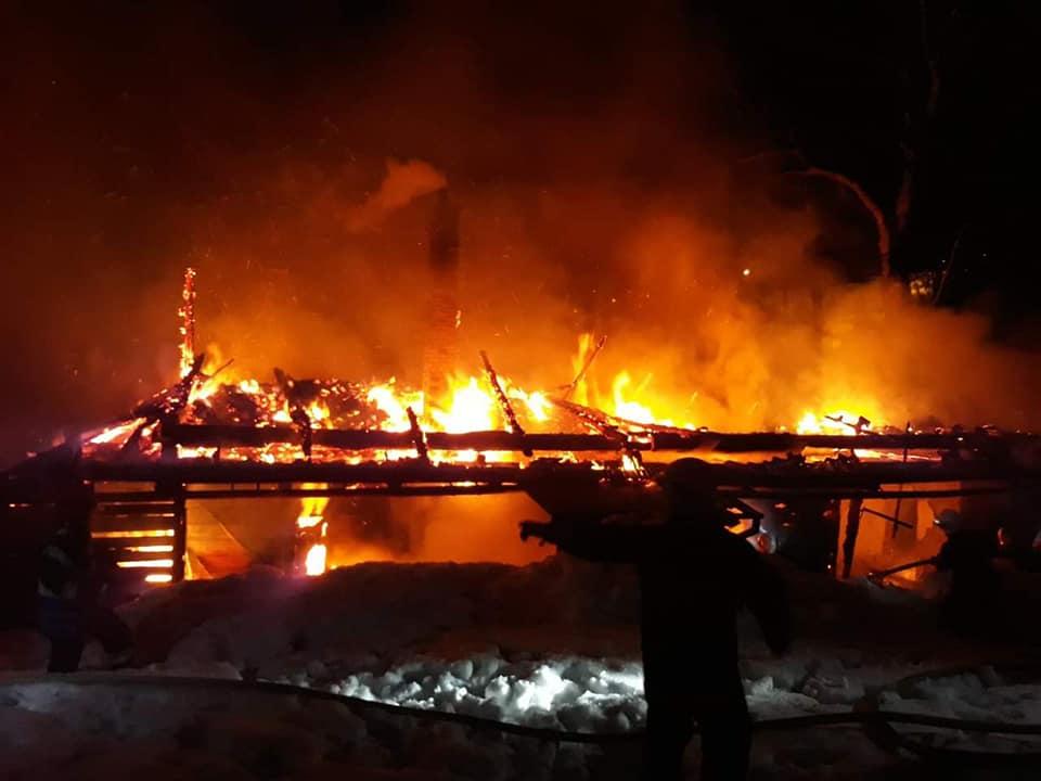Mężczyzna zginął w pożarze domu