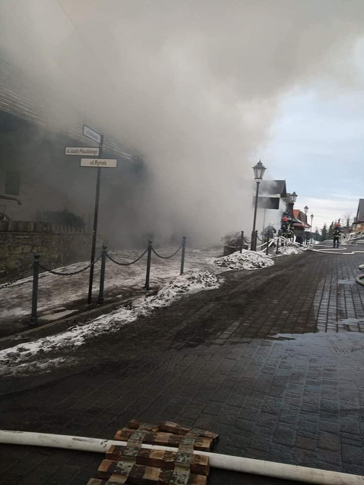 Pożar na rynku w Lanckoronie [FOTO]
