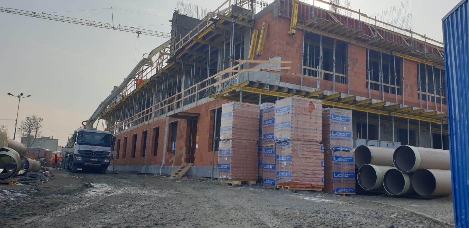 Rosną mury nowej siedziby powiatowej policji [FOTO]