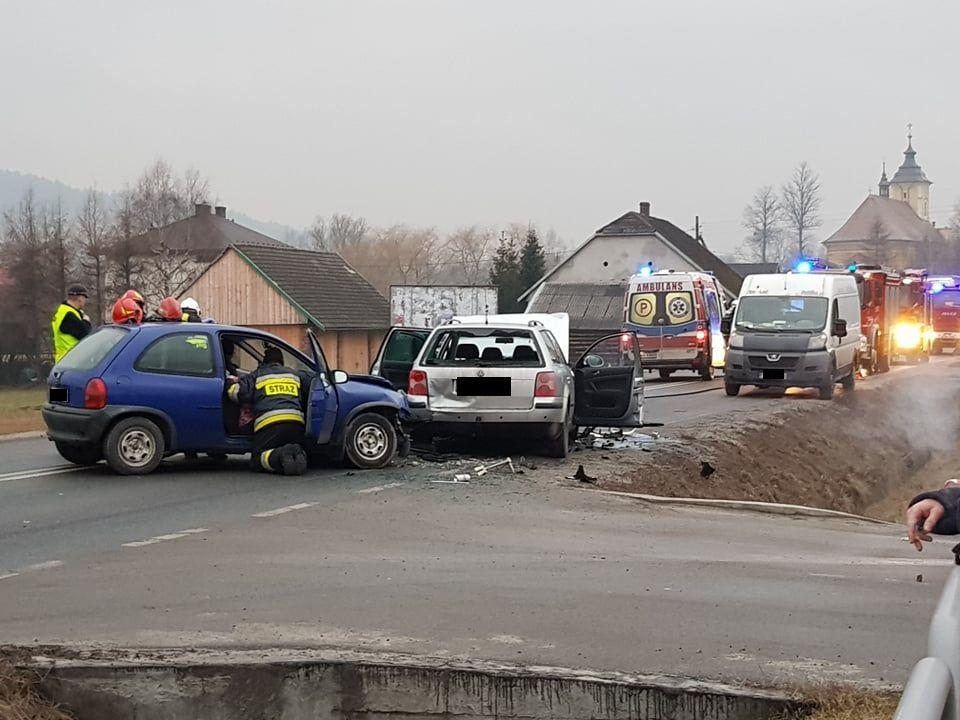 Wypadek na trasie Andrychów - Wadowice [FOTO] [AKTUALIZACJA]