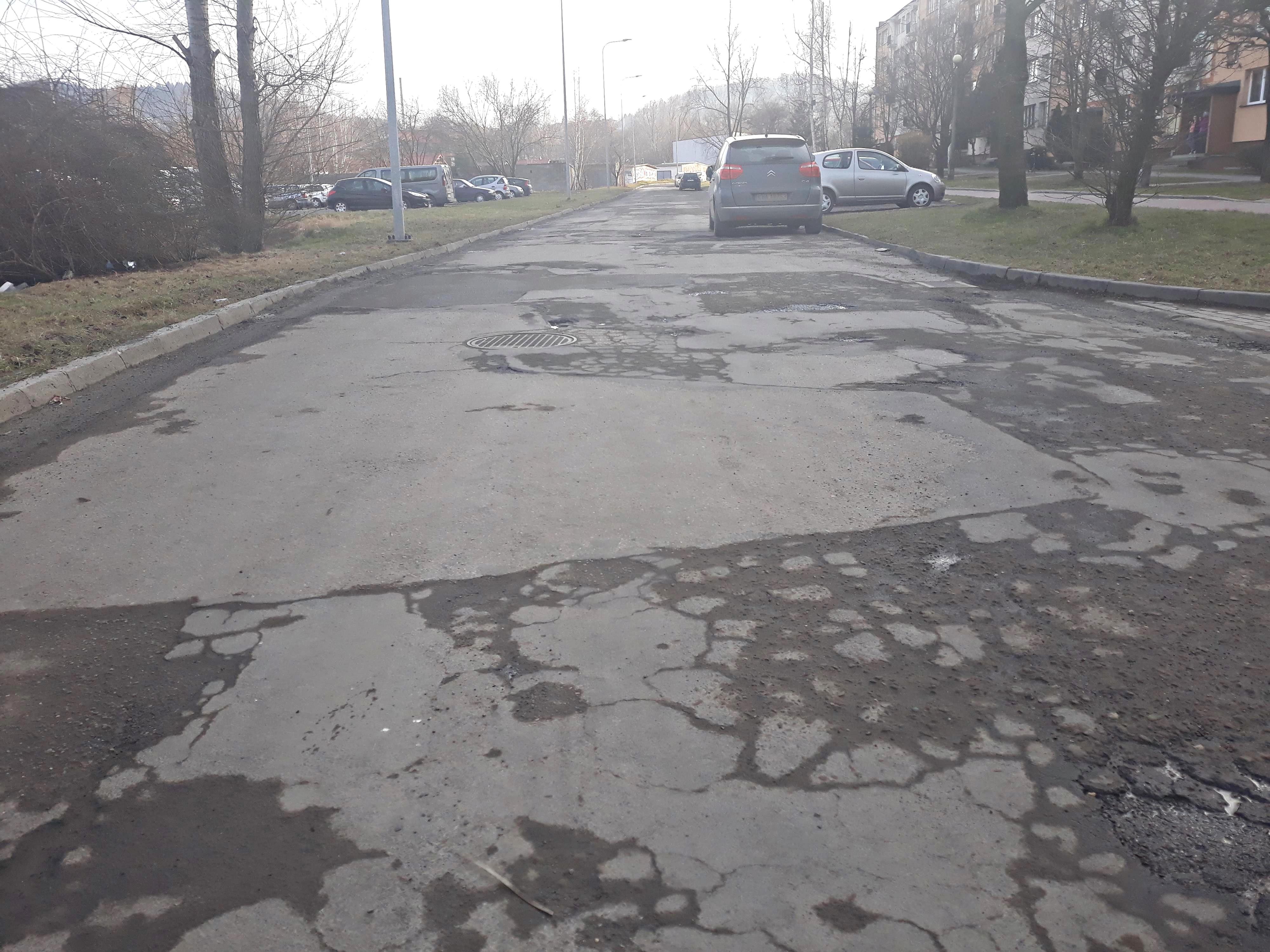 Rusza remont chodników i ścieżek rowerowych. A kiedy asfalt?