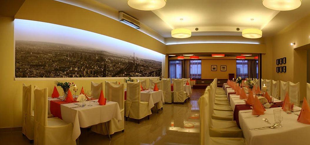 Wolne terminy na przyjęcia komunijne w restauracji Adria