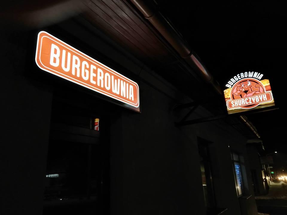 Burgerownia SKURCZYBYK w Andrychowie zaprasza na prawdziwe burgery z najlepszego mięsa